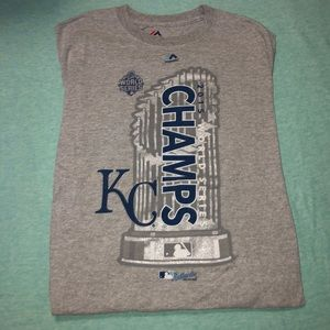 Kansas City Royals Tee - M 💙⚾️